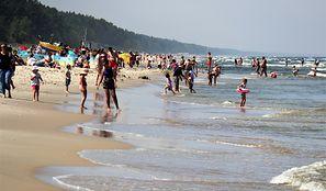 Hiszpania zamyka plaże z powodu tłoku