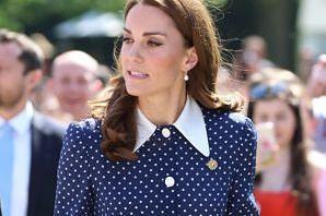 """Kate Middleton WYPROWADZIŁA SIĘ Z PAŁACU?! """"Leży w łóżku martwiąc się o przyszłość"""""""