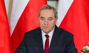 """Minister Kowalczyk żali się w radiu: """"Ministrowie zarabiają ZA MAŁO"""""""