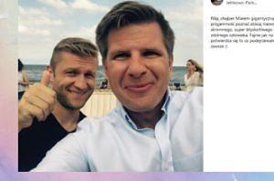 Filip Chajzer pozuje z Jakubem Błaszczykowskim