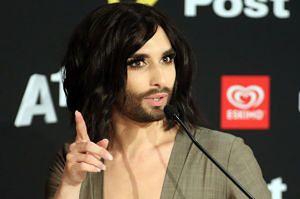"""Conchita Wurst dziękuje Polakom za skandal: """"To zabawne!"""""""