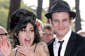 """Były mąż Amy: """"Rozwód był sfałszowany! Należą mi się tysiące funtów"""""""