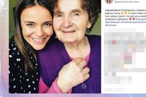 """Edyta Herbuś i jej babcia """"pozdrawiają świątecznie"""""""