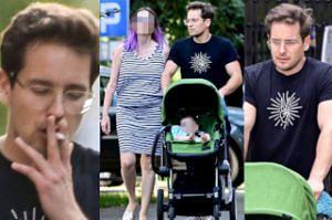 Krzysztof Zalewski z nietęgą miną pcha wózek i pali na spacerze z rodziną (ZDJĘCIA)