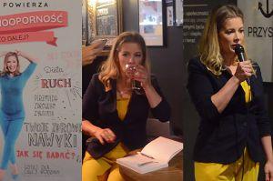"""""""Czesia z Klanu"""" rozdaje autografy, popijając szampana"""