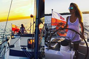 Izabella Łukomska-Pyżalska wypoczywa na łodzi