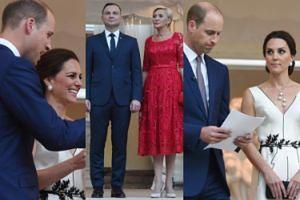 Bankiet na cześć Williama i Kate: Księżna wystąpiła w sukni Gosi Baczyńskiej! (ZDJĘCIA)