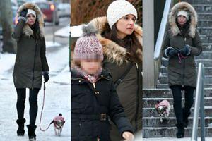 Marta Kaczyńska na zimowym spacerze z córką i psem (ZDJĘCIA)