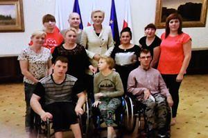 Agata Kornhauser-Duda odwiedziła niepełnosprawnych w Sejmie (FOTO)