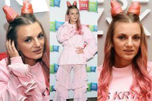 Różowe rogi Sarsy promują... hotel (ZDJĘCIA)