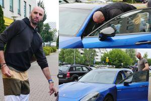 Szczęśliwy Gortat wsiada do Porsche Panamera za ponad PÓŁ MILIONA (ZDJĘCIA)