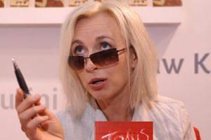 """Manuela Gretkowska zgubiła powieść w autobusie: """"Nie ma takiej emotki, która wyraziłaby mój żal"""""""