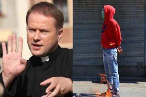 """TVP straszy uchodźcami: W """"Ojcu Mateuszu"""" muzułmański terrorysta MA PODŁOŻYĆ BOMBĘ w Sandomierzu..."""