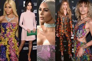 """Tłum gwiazd na imprezie """"Harper's Bazaar"""" w Nowym Jorku: Gomez, Minaj, Hadid, piersi Kim Kardashian... (DUŻO ZDJĘĆ)"""