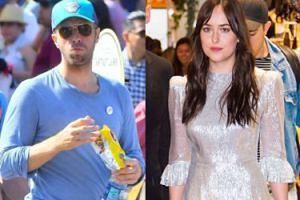 """Dakota Johnson i wokalista Coldplay są parą? """"Przyłapano ich na czułych objęciach"""""""