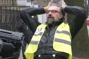 """Pieniądze ze zbiórki na Kijowskiego nie trafią do niego? """"Może to zostać uznane jako próba utrudnienia egzekucji komorniczej"""""""