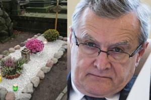 """Gliński zapłaci za grób Kopiczyńskiego? """"Córka aktora musi do nas wystąpić w tej sprawie"""""""