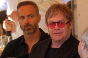 Mąż Eltona Johna ZDRADZA GO?! Kupił kochankowi mieszkanie...