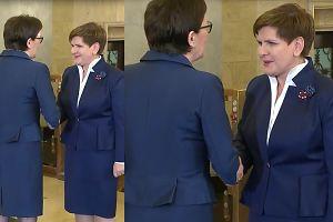 Ewa Kopacz przekazuje urząd Beacie Szydło