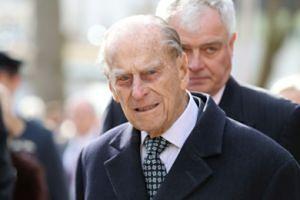 """Pałac Buckingham wydał specjalne oświadczenie: """"Książę Filip ZNIKA Z ŻYCIA PUBLICZNEGO"""""""