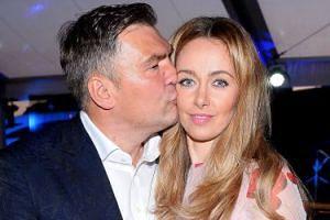 """Michalczewski chwali się, ile wydaje na żonę: """"Zegarek Cartiera kosztuje 250 tysięcy, TOREBKA 160 TYSIĘCY"""""""
