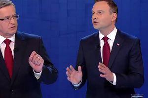"""Duda do Komorowskiego: """"Pan wychodził z czekoladowym orłem. Kotylionik i balonik, partyjny prezydent!"""""""