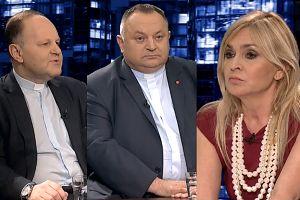 """Księża walczą o uchodźców w TVN24: """"Polska ma podwójny moralny obowiązek ich przyjmować!"""""""