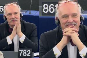 Tak Korwin-Mikke cieszył się kary w Parlamencie Europejskim. Uśmiechał się szeroko i klaskał (sobie?)…