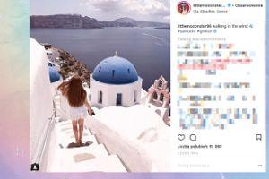 Angelika Mucha schodzi po schodach w Grecji