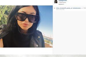 Wielkie usta 17-letniej (!) Kylie Jenner...