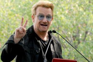 """Bono z U2 został… """"KOBIETĄ ROKU Glamour""""!"""