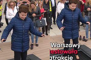 Hanna Gronkiewicz-Waltz zdejmuje buty… i skacze na trampolinie (WIDEO)