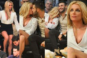 Dorodne piersi Britney przytulają się do nowego chłopaka na meczu koszykówki (ZDJĘCIA)