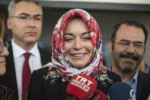 """Lindsay Lohan spędzi Święta z... syryjskimi uchodźcami! """"Wolę żyć bez żadnych materialnych dóbr"""""""