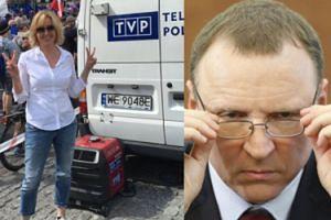 """Agata Młynarska była na marszu KOD-u! """"Władzę ma publiczność, NIE PREZESI!"""""""