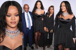 Rihanna w czarnej kreacji z mamą i dziadkiem na Diamentowym Balu (ZDJĘCIA)