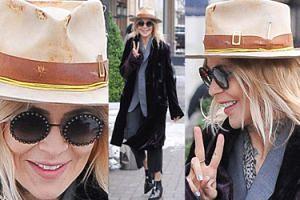 """""""Vintage"""" Sablewska w podniszczonym kapeluszu zmierza do restauracji (ZDJĘCIA)"""