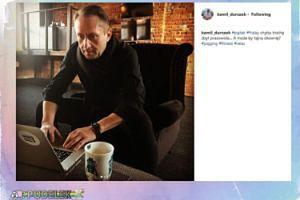 """Kamil Durczok """"przyłapany"""" przy laptopie"""