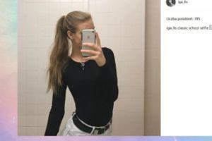 """Iga Lis pokazała """"klasyczne szkolne selfie"""""""