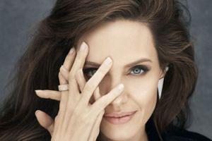 Angelina Jolie gwiazdą nowej sesji