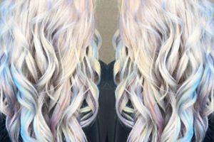 Holograficzne włosy. Nowa moda (ZDJĘCIA)