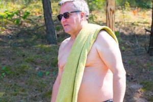 """Fakt: """"Komorowski wynajmuje NAJTAŃSZY APARTAMENT W STOLICY..."""""""