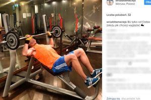 Wróżbita Maciej dźwiga ciężary na siłowni (FOTO)