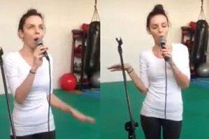 Włodarczyk śpiewa hit Winehouse!