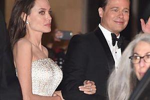"""Brad i Angelina nadal się nie rozwiedli… """"Chciał jej oddać POŁOWĘ MAJĄTKU, ale odmówiła"""""""