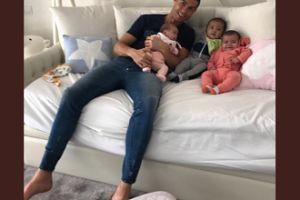 Cristiano CHWALI SIĘ nowymi dziećmi (FOTO)