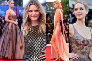 Jennifer Lawrence bez stanika, Michelle Pfeiffer i dziewczyna Kristen Stewart na festiwalu w Wenecji (ZDJĘCIA)