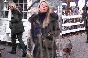 Militarna Ferenstein-Kraśko ignoruje paparazzi (WIDEO)