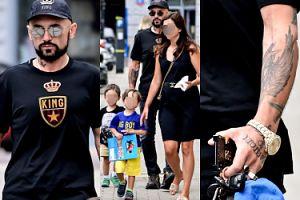Rodzinny Patryk Vega zabrał na spacer żonę, dzieci i zegarek za 150 tysięcy (ZDJĘCIA)