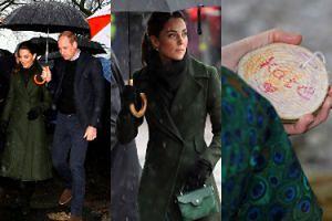 Skąpana w strugach deszczu księżna Kate odbiera od dzieci medalion ze swoim imieniem (ZDJĘCIA)